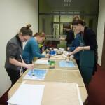 Warsztaty z tworzenia papieru marmurkowego